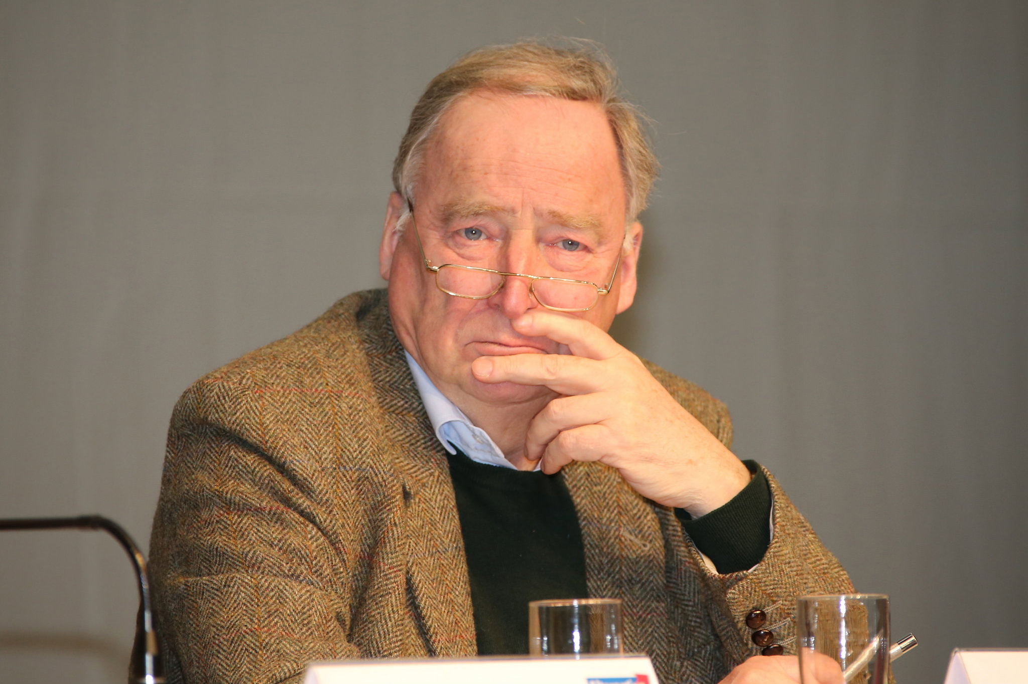Alexander Gauland, top candidate in Brandenburg from Germany's Eurosceptic AfD, is threatening to withdraw from the regional race amid divisions within the party over the Russia-Ukraine conflict. [blu-news.org/Flickr]
