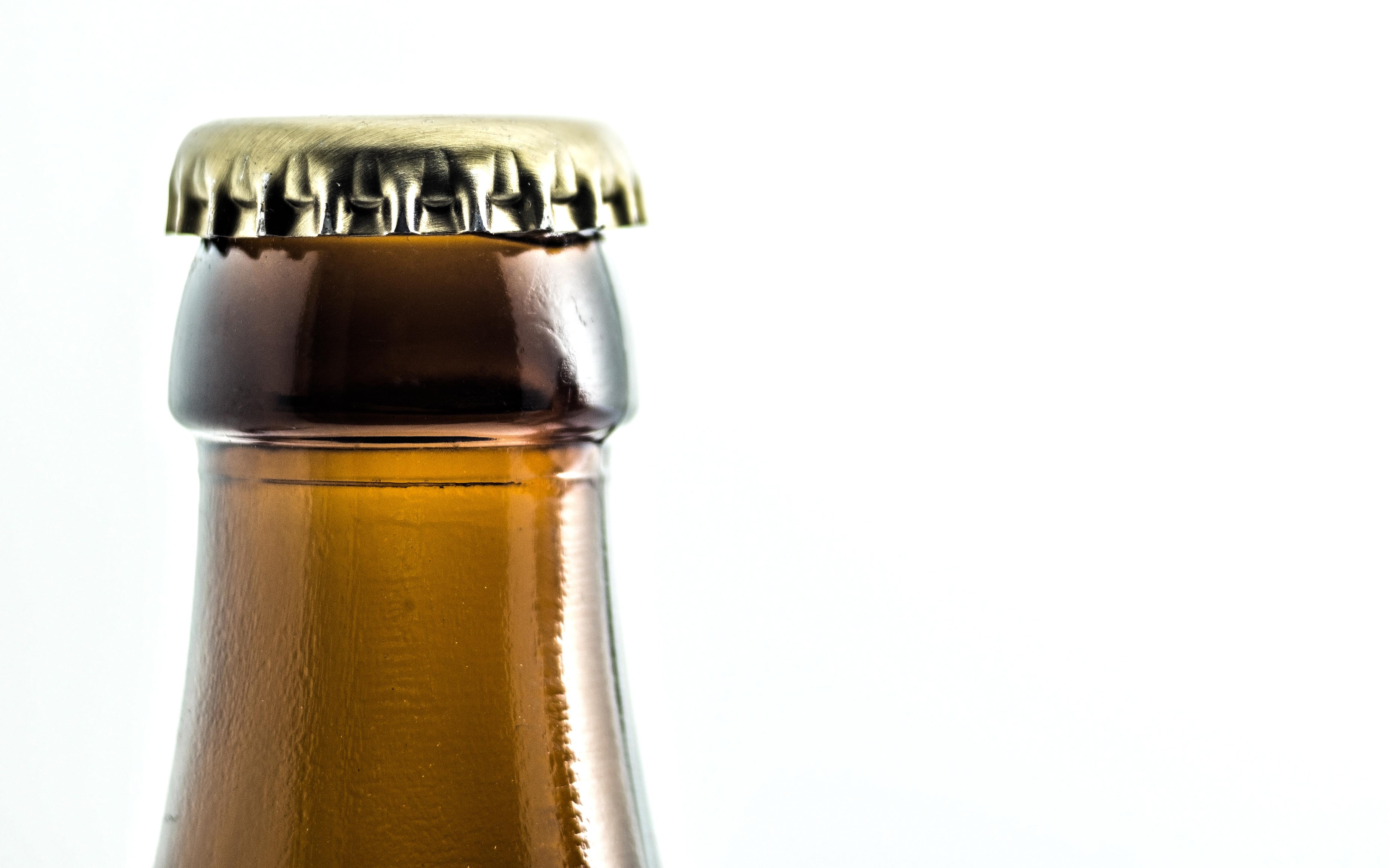 Alkoholische Getränke: EU-Abgeordnete fordern Kalorienangaben und ...