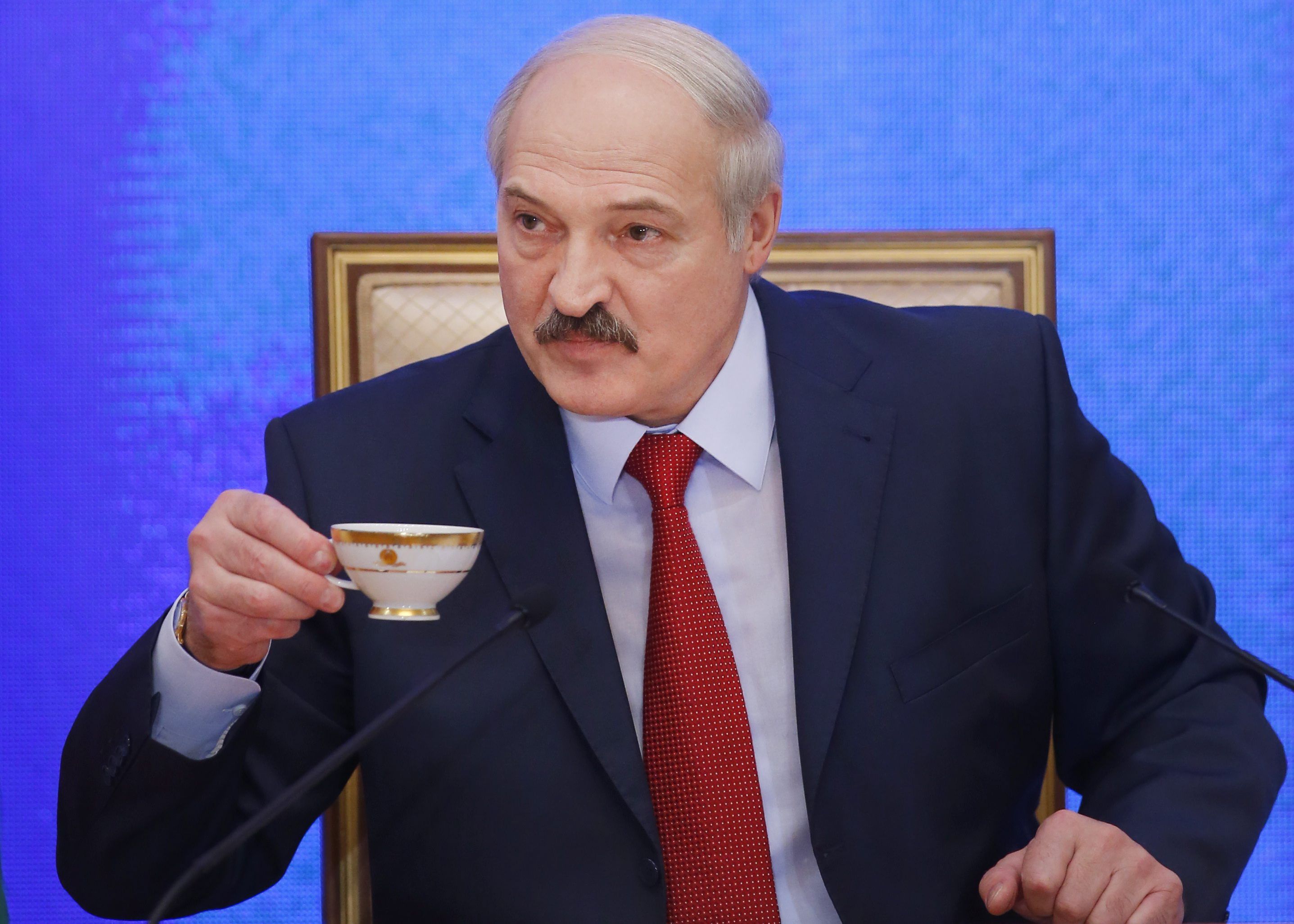 Alexander_Lukaschenko_weißrussland_sanktionen_lockern_eu_steinmeier