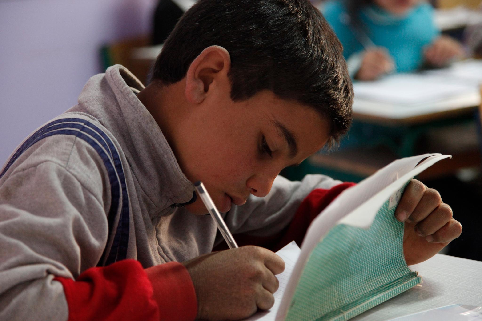 Bundesregierung schwächt Willkommens-Signal an Flüchtlinge aus Syrien ab.