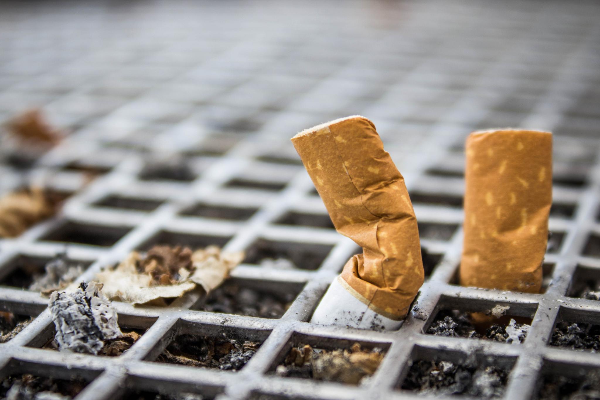 Christian Schmidts Pläne zum Verbot der TabakweChristian Schmidts Pläne zum Verbot der Tabakwerbung kommen nicht voran.rbung stecken fest.