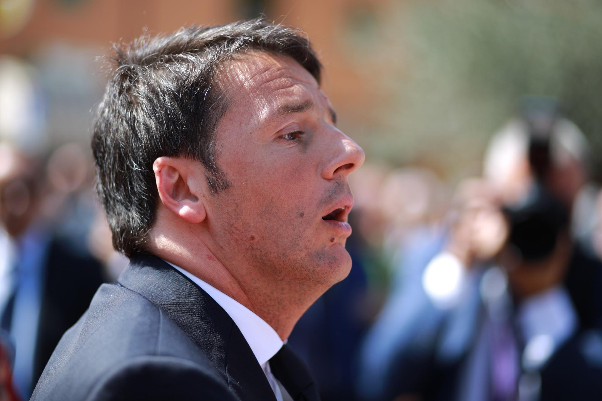 Italiens Regierungschef Matteo Renzi knüpft Italiens Hilfe für die Türkei an Bedingungen.