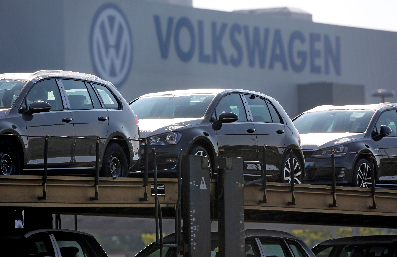 Im Abgasskandal setzt die EU Volkswagen unter Druck.