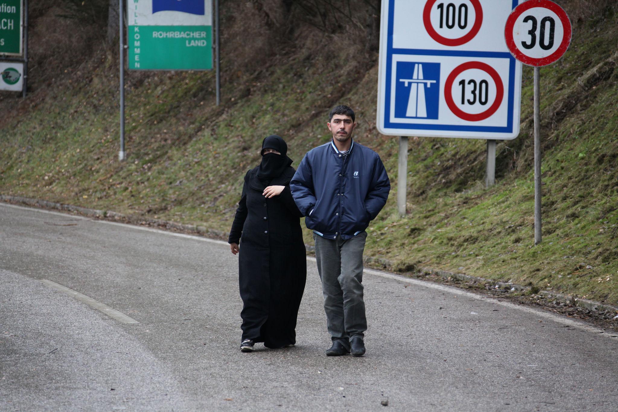Deutschland windet sich in der Flüchtlingskrise aus der Verantwortung, meint Petra Erler.