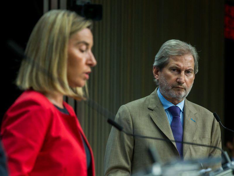 EU-Nachbarschafts- und Erweiterungskommissar Johannes Hahn sowie die Hohe Vertreterin der EU für Außen- und Sicherheitspolitik, Federica Mogherini