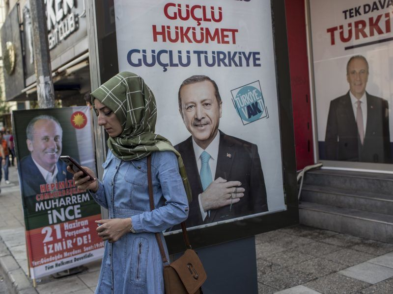 Die Türkei - ein Land im Ausnahmezustand, dessen Gesellschaft mehr denn je gespalten ist.