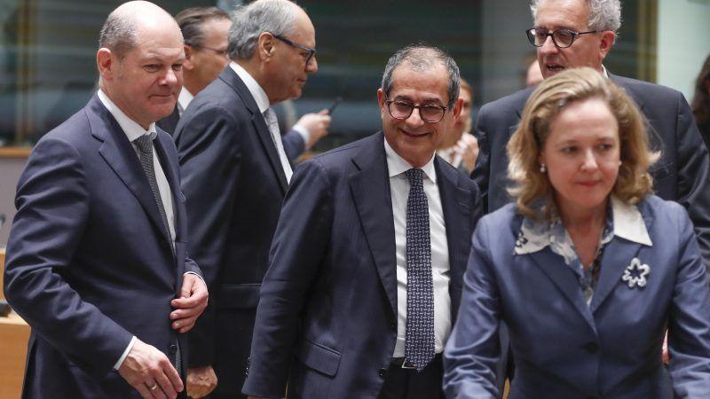 Der deutsche Finanzminister Olaf Scholz, mit seinen Amtskollegen Giovanni Tria aus Italien, Pierre Gramegna aus Luxemburg und Nadia Calvinoaus Spanien.