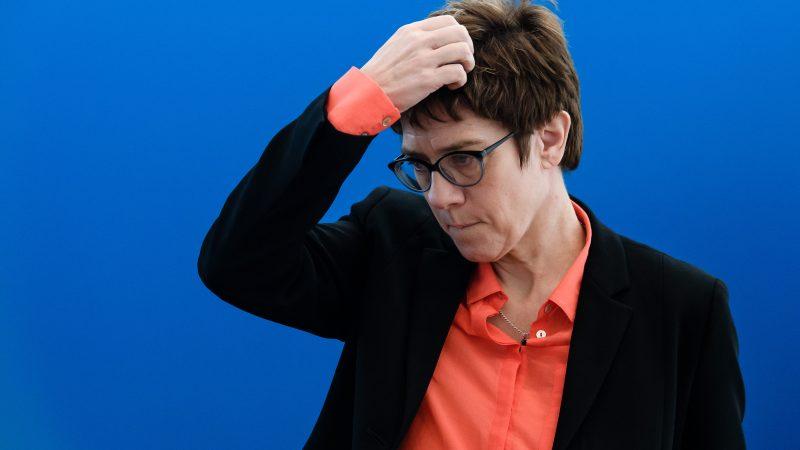 Kramp-Karrenbauer macht sich über Intersexuelle lustig
