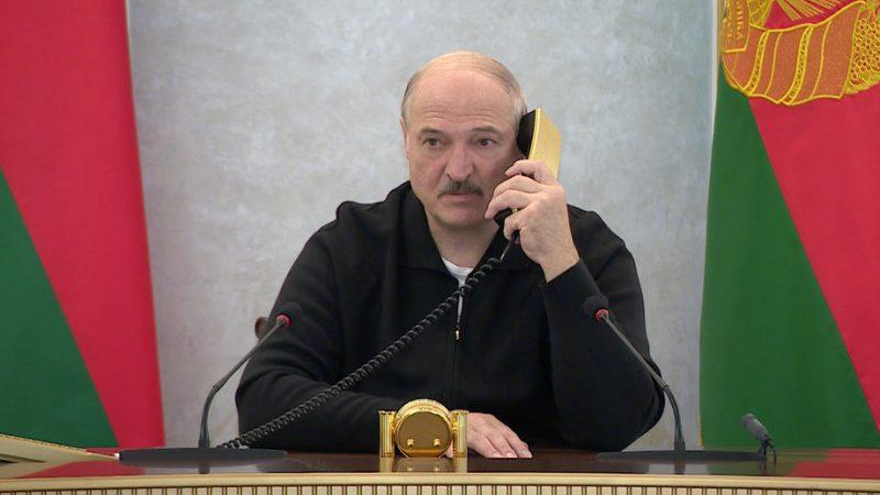 Mehr als 700 Festnahmen bei neuen Massenprotesten in Belarus ROUNDUP