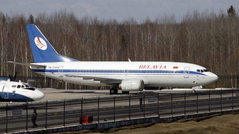 Ein Flugzeug in Belarus